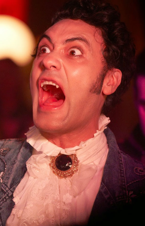 What we do in the shadows 5 zimmer k che sarg for 5 zimmer kuche sarg